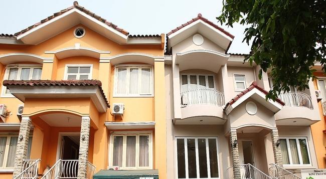 Reddoorz @ Lebak Bulus Raya - 南ジャカルタ市 - 建物