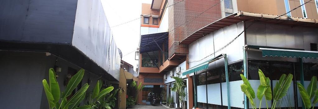 RedDoorz @ Pangeran Antasari - 南ジャカルタ市 - 建物