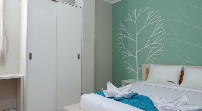 RedDoorz @ By Pass Nusa Dua - デンパサール - 寝室