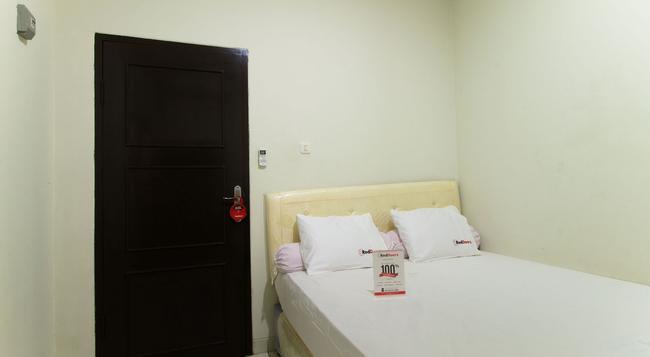 Reddoorz @ Pancoran - 南ジャカルタ市 - 建物