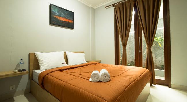 Reddoorz @ Cipete 2 - ジャカルタ - 寝室