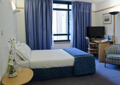 VIP エグゼクティブ エデン アパートホテル - リスボン - 寝室