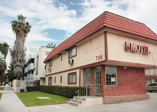 Wilshire Serrano Motel