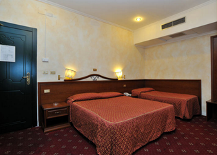 ホテル ヴィルジーリオ