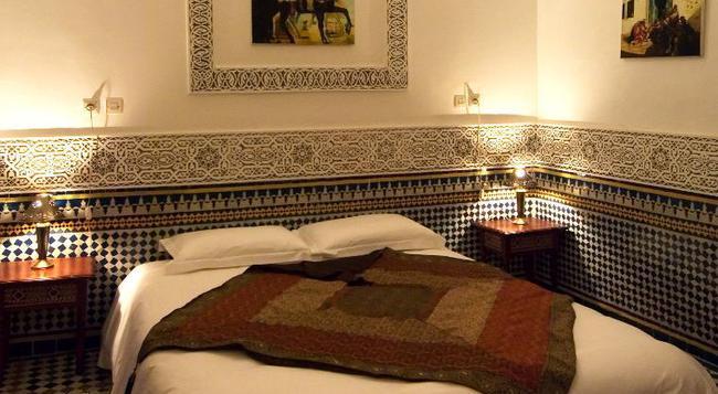 リヤド ラ クレ ドゥ フェズ - フェズ - 寝室