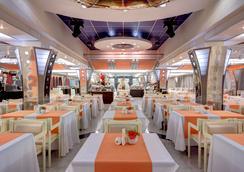 イズマイロボ アルファ ホテル - モスクワ - レストラン