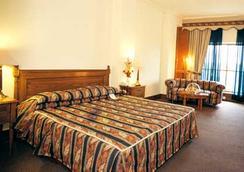 ホテル クラウン プラザ イスラマバード - イスラマバード - 寝室
