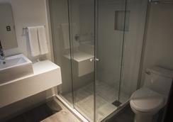 Hotel Platino Expo - グアダラハラ - 浴室