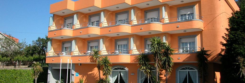 Hotel Ancora - サンシェンショ - 建物