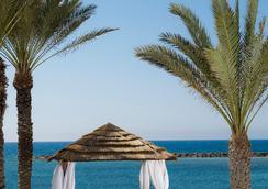 Constantinou Bros Athena Royal Beach Hotel - パフォス - ビーチ