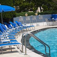 ワシントン プラザ ホテル Pool View
