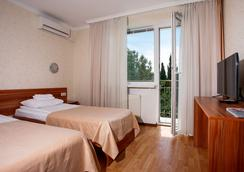 Pesochnaya Bukhta Hotel - Sevastopol - 寝室