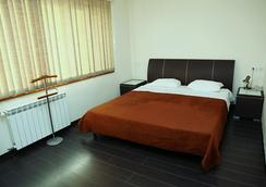 Roomer Hotel - エレバン - 寝室