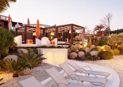 Augusta Spa Resort - サンシェンショ - ビーチ