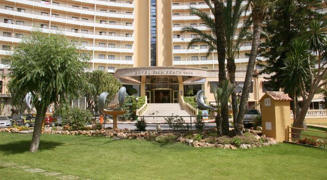 Palm Beach Hotel - ベニドーム - 建物