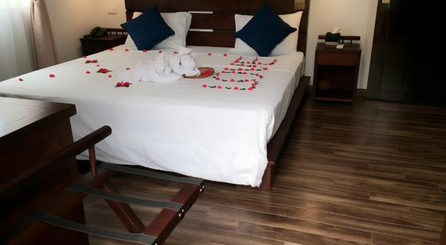 シナモン カテドラル ホテル - ハノイ - 寝室