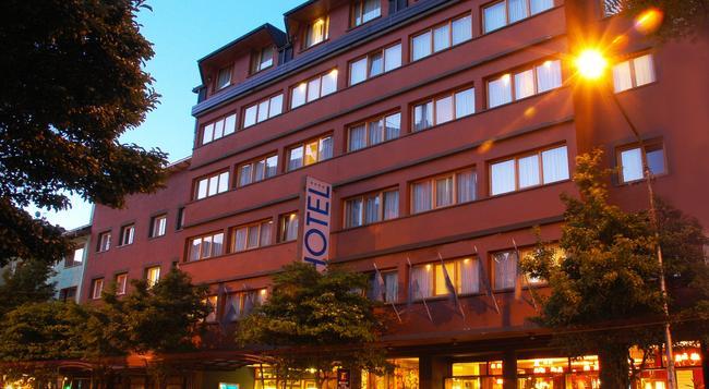ホテル ナウエルウアピ - サン・カルロス・デ・バリローチェ - 建物