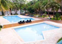 Hotel Lanville Athenee - フォス・ド・イグアス - プール