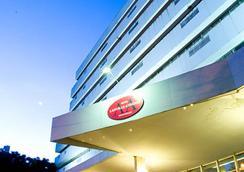 Upfront Hotel Lanville - フォス・ド・イグアス - 屋外の景色