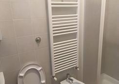 Desideri Bb - ローマ - 浴室