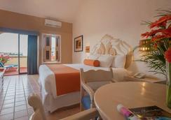 Flamingo Vallarta Hotel & Marina - プエルト・バヤルタ - 寝室