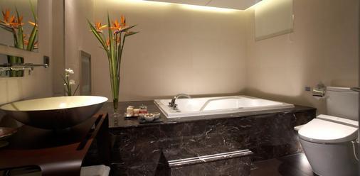 ビューティ ホテルズ - ロウメイ ブティック - 台北市 - 浴室