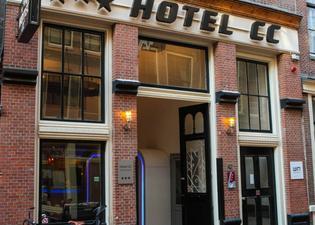 ホテル CC