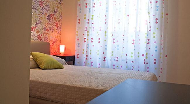 シティ イン ホステル B&B - カターニア - 寝室