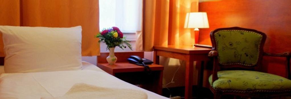 シティ ホテル アム クアフュルステンダム - ベルリン - 寝室