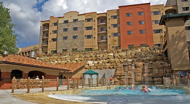 Chula Vista Resort - Wisconsin Dells - 建物