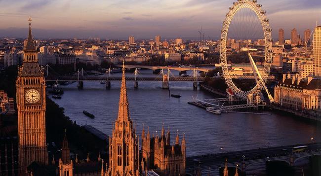 パーマーズ ロッジ スイス コテージ - ロンドン - 屋外の景色