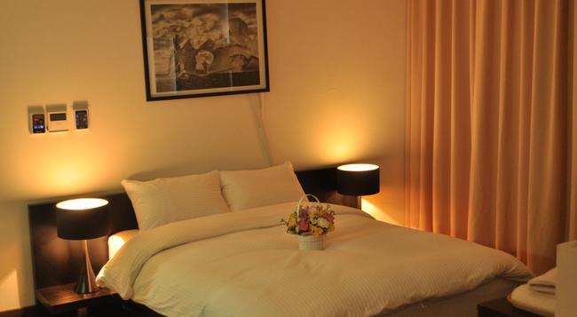 仁川 エアポート ホテル エアー リラックス - インチョン - 寝室