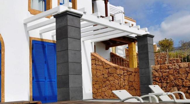 Hotel Suite Villa María - アデへ - プール