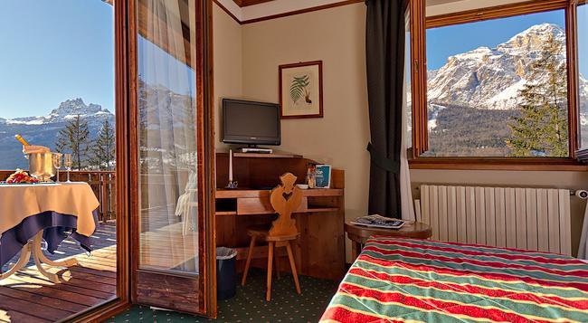 ブティック ホテル ヴィラ ブルー コルティーナ - Cortina d'Ampezzo - 寝室