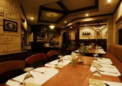 クムセード リバー クワイ リゾート - カンチャナブリー - レストラン
