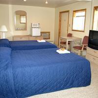 Lake View Inn Guest Room