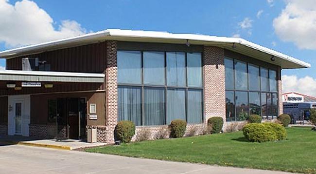 Western Inn South - カーニー - 建物