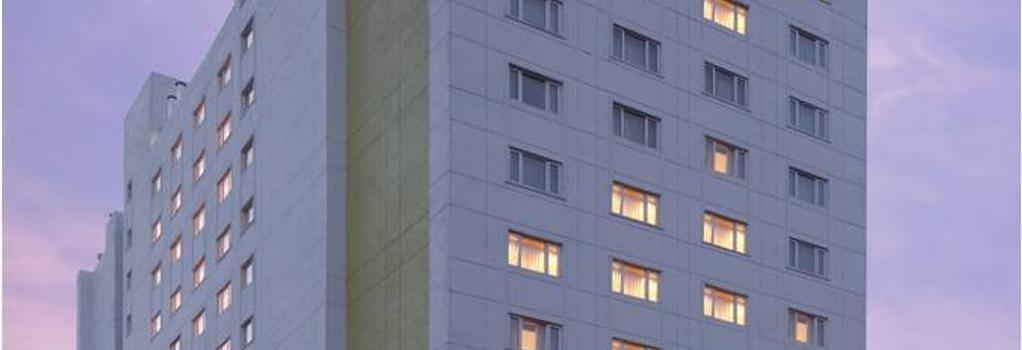 レモン ツリー プレミア ウルソール レイク バンガロール - バンガロール - 建物