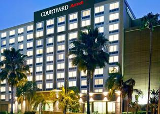 コートヤード バイ マリオット サンディエゴ ミッション バレー / ホテル サークル