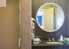 ラ ルナ イン - ア シーツー ホテル - サンフランシスコ - 浴室