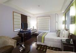 Leisure Inn West Gurgaon - グルガウン - 寝室