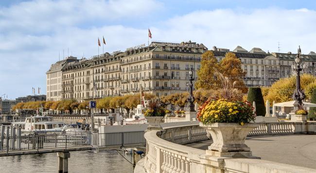Hotel de la Paix, a Ritz-Carlton Partner Hotel - ジュネーブ - 建物