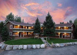 Breckenridge Park Meadows by Ski Country Resorts
