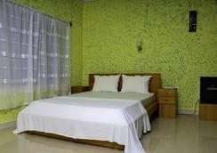 Big Apple D.E Hotel - アクラ - 寝室