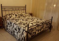 Karoline Affittacamere - ローマ - 寝室