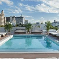 ザ レッドベリー サウス ビーチ Rooftop Pool