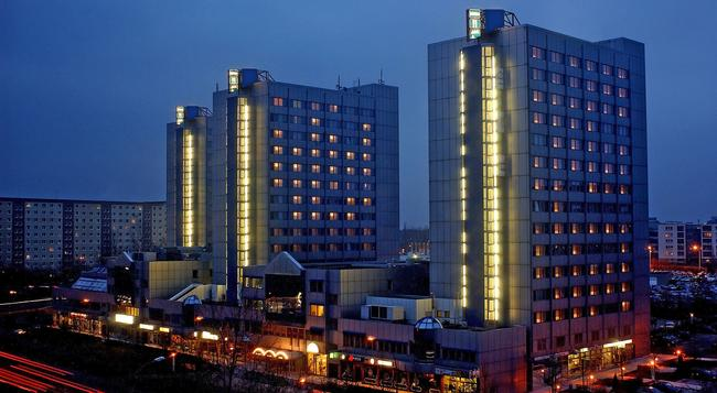 シティ ホテル ベルリン イースト - ベルリン - 建物