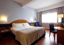 アグマル - マドリード - 寝室