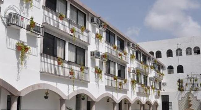 Hotel Hacienda de Castilla - カンクン - 建物