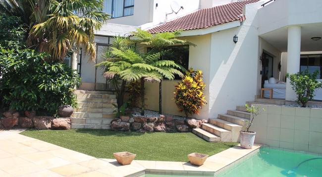 La Dolce Vita Guest House - Umhlanga - 建物